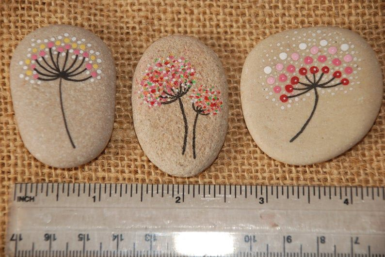 Painted Stone, Dandelion - Pebbles with Nature Designs, floral motifs rock, flowers, plants, home decor, meditation mandala stones, dot art