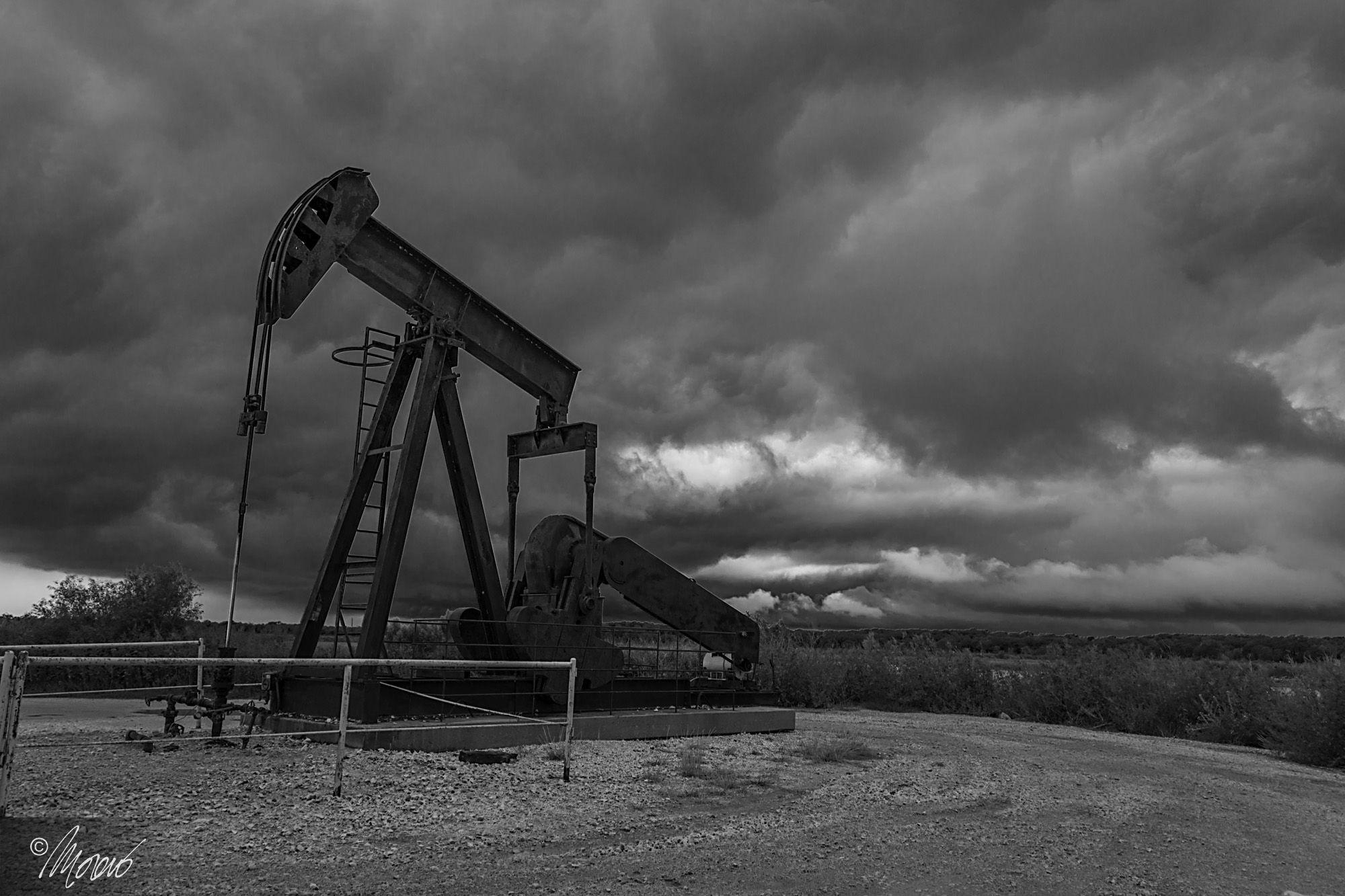 Hagerman National Wildlife Refuge, Oil Derrick, Texas