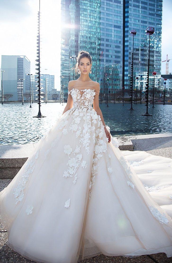 Straight across cherry blossoms applique sweetheart neckline ball gown wedding dress #wedding #weddingdress #weddinggown