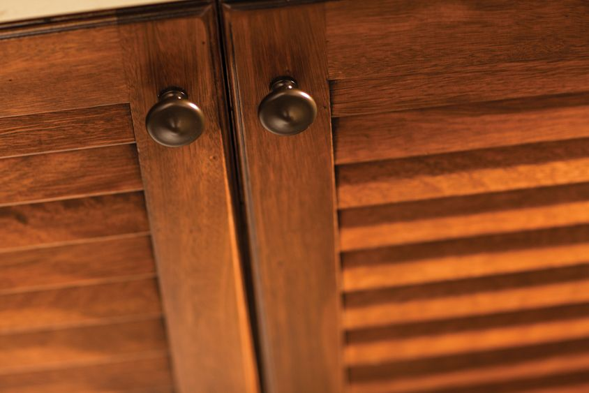 Louver (vented) cabinet doors are a familiar, tropical design ...