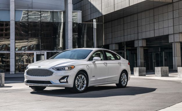 Ford Refreshes The Fusion Again And Debuts Co Pilot360 Safety