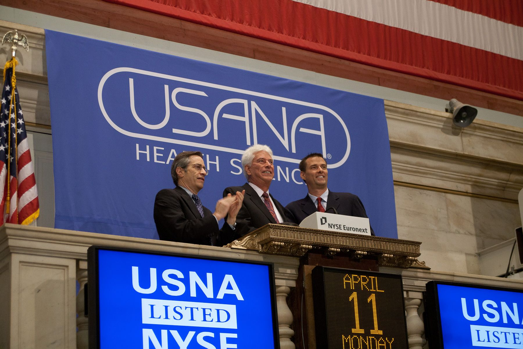 Dr Wentz Ringing The Bell At The New York Stock Exchange Usana Stock Exchange Youtube