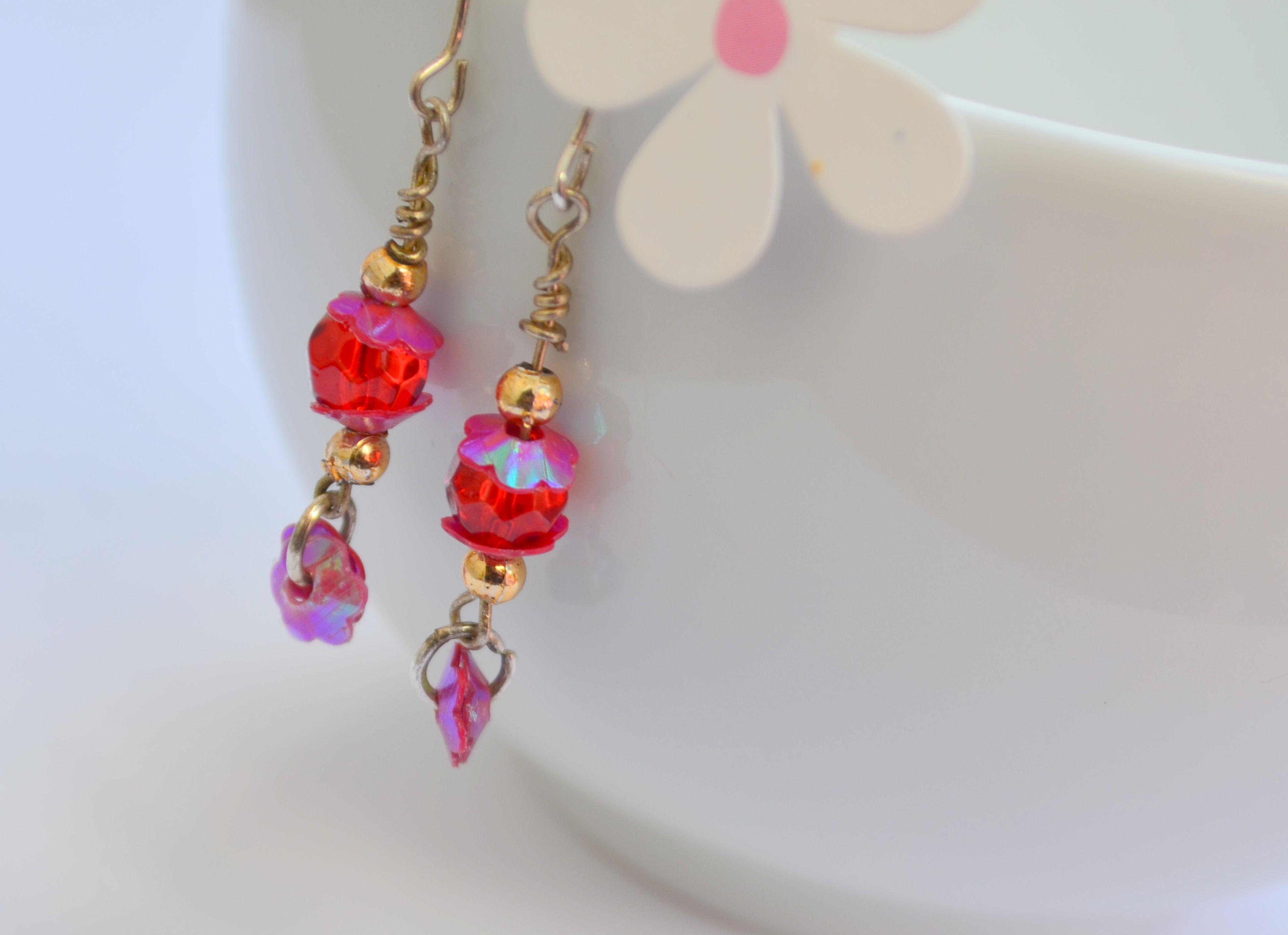 Jk Designs EarringsBy Jegatha Kumarankuttymagenta Wire