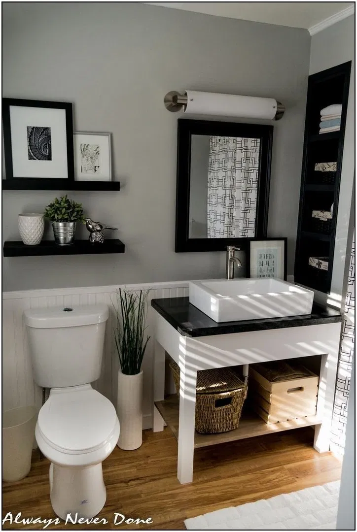 The Best Black And White Bathroom Decorating Ideas7 In 2020 Small White Bathrooms Small Bathroom Decor Master Bathroom Renovation