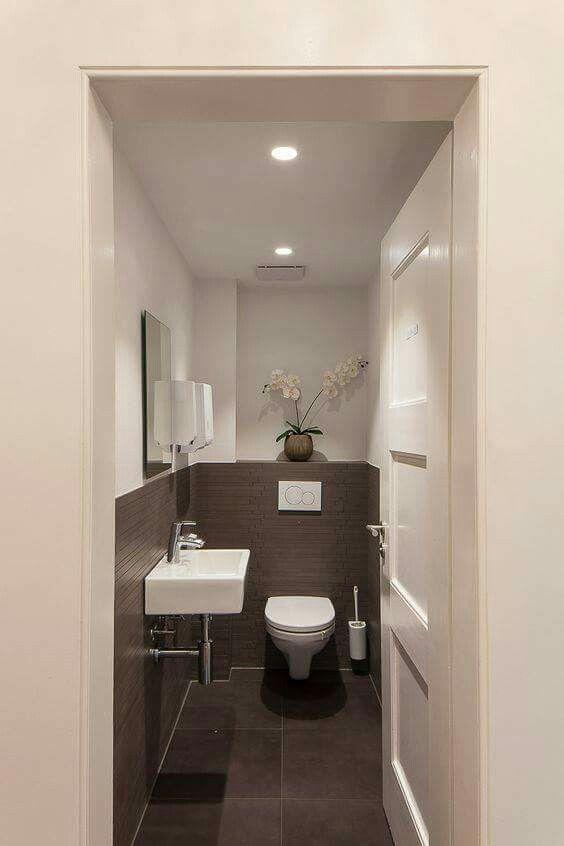 Pin von Lekha Mathias auf Ideas for the Bathroom | Pinterest | Haus ...