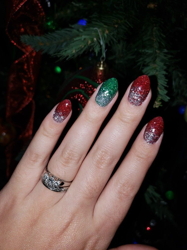Red And Green Christmas Nails : green, christmas, nails, Christmas, Nails,, Claws,, Green, Glitter, Nails, Glitter,