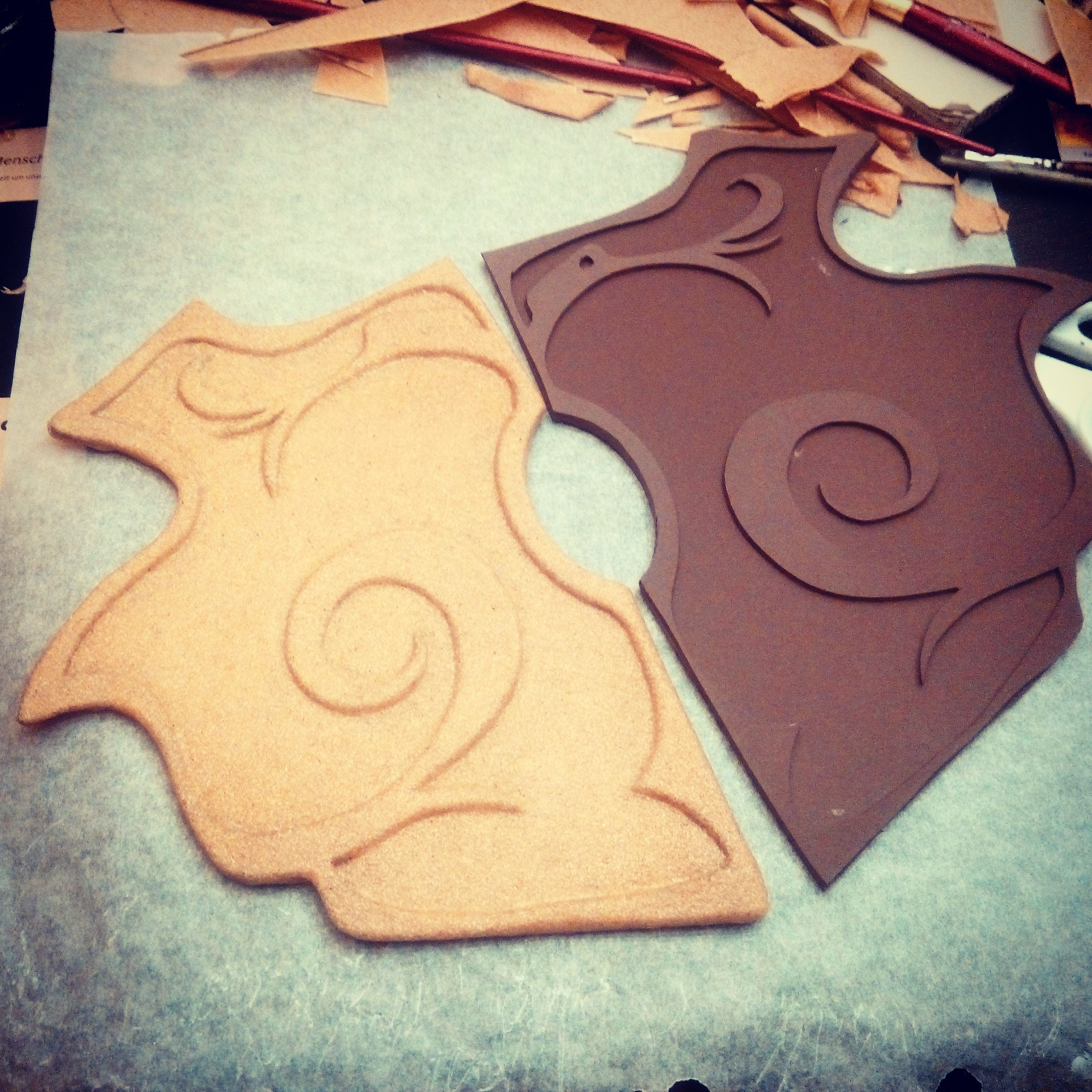 Covering Armor Parts with Worbla Cosplay Ideen