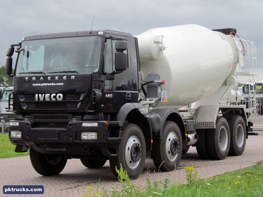 1 unit Iveco AD410T42H TRAKKER 8x4 Karrena, 12 cbm