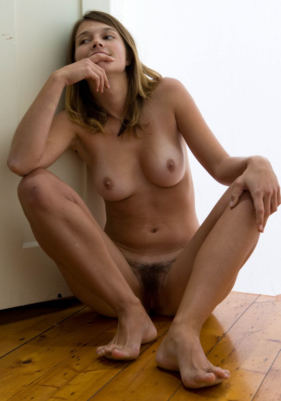 Long Hair On Pussy 116