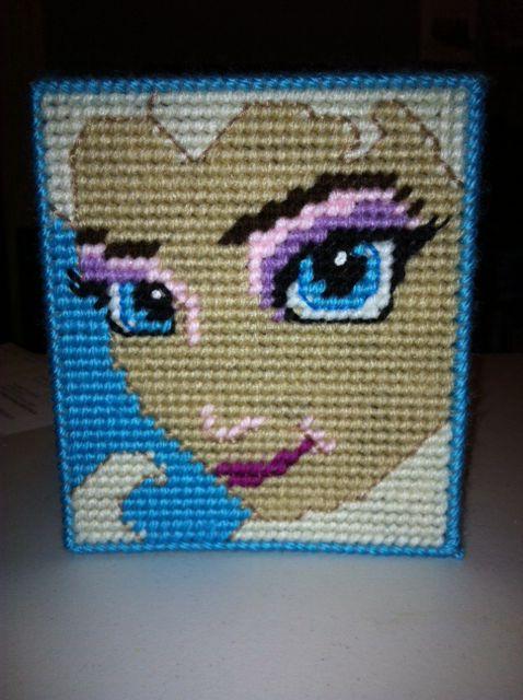 Plastic canvas tissue box side #1- Elsa from Disney's Frozen.