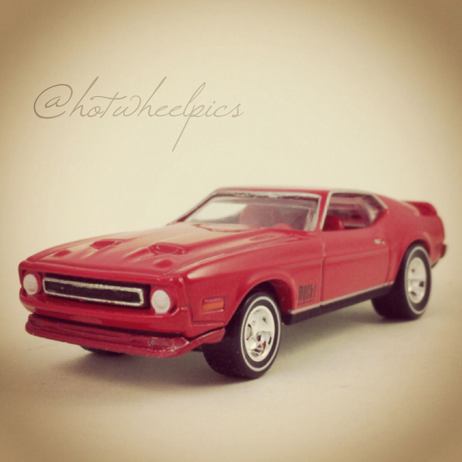 2014 C Diamonds are Forever 71 Mustang Mach 1 2014 Hot Wheels