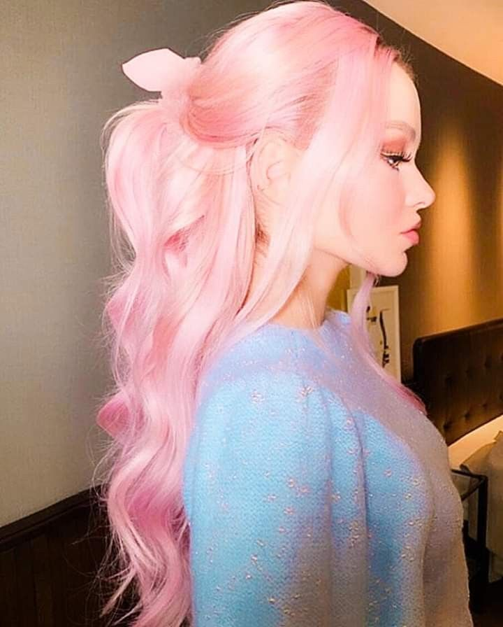 Dove Cameron With Pink Hair Pink Hair Dye Hair Inspo Color Pastel Pink Hair