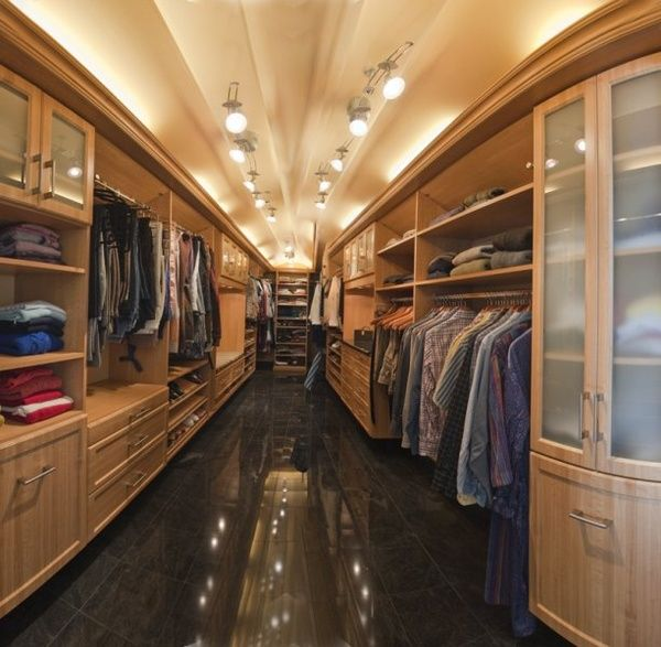 holy cow, what a closet