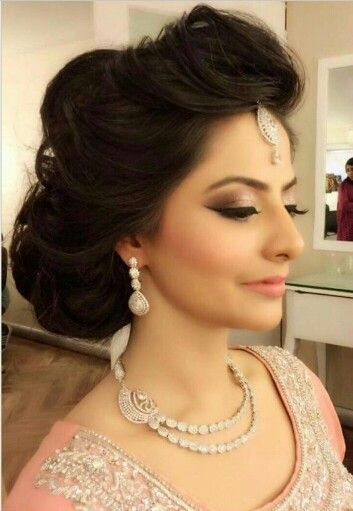 Lovely Hairstyle By Sabs Bridal Makeup Pakistani Wedding Party