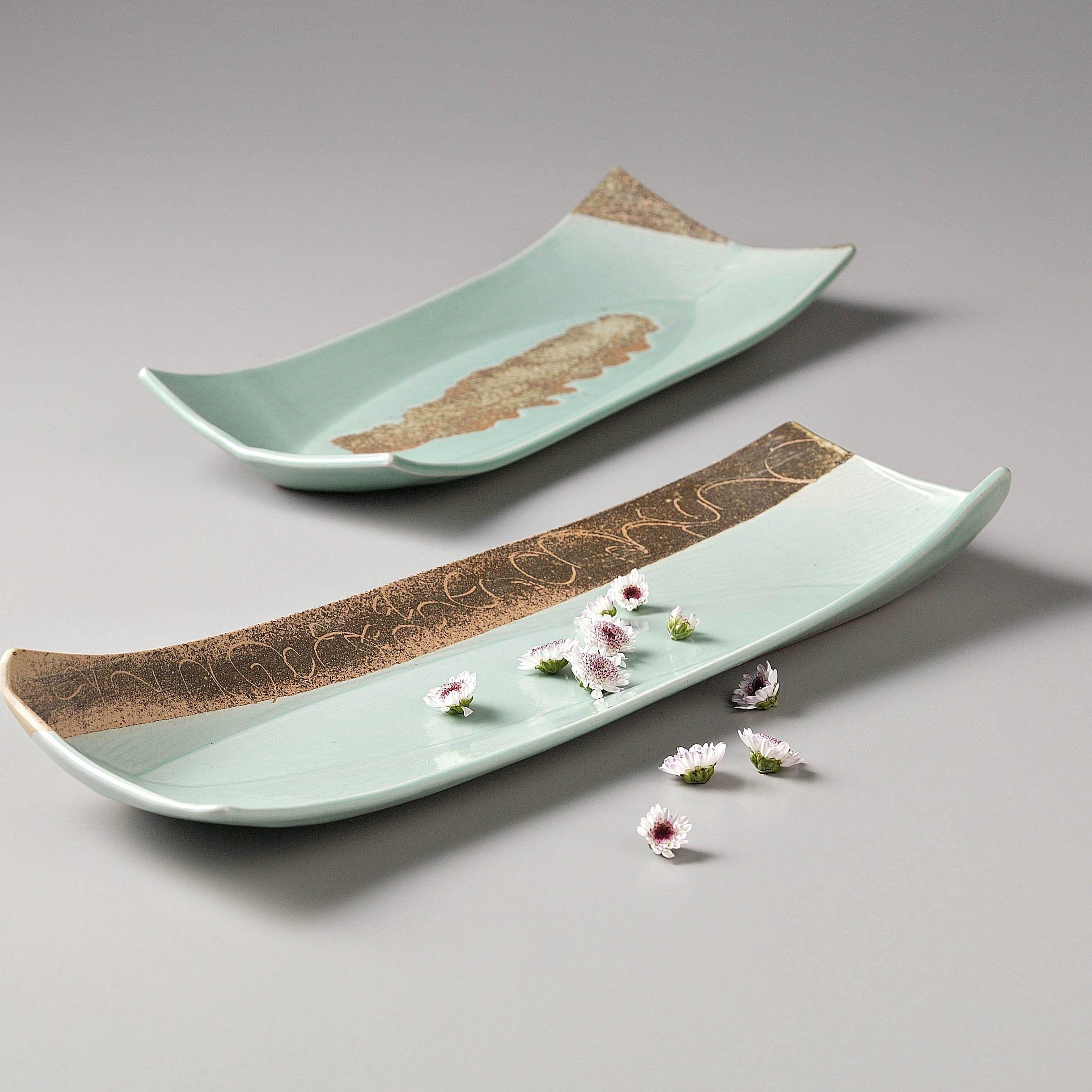 [Artisan/Handmade] Celadon crocketed ceramic plate by Seung-pyoLee Made & Artisan/Handmade] Celadon crocketed ceramic plate by Seung-pyoLee ...