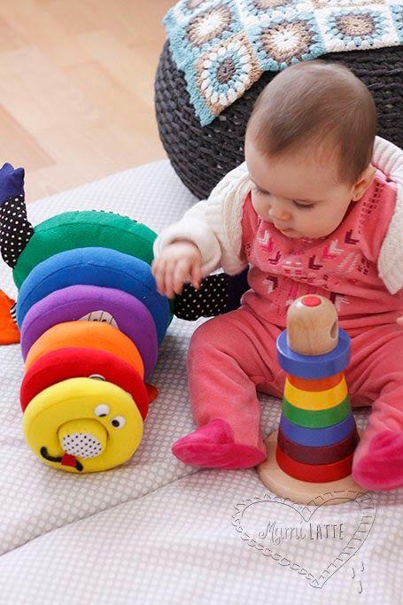 Juguetes Para Bebes De 20 Meses.El Juego De Los 6 A 12 Meses Pedagogia Montessori Bebe 8