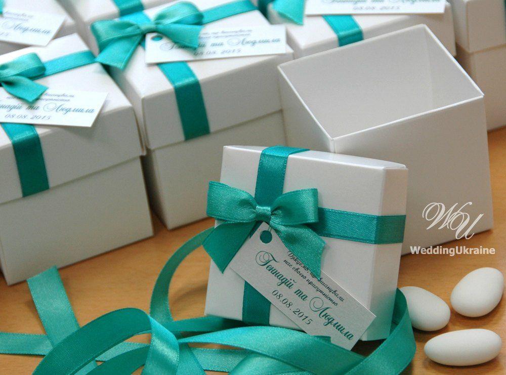 Wedding Bonbonniere Wedding favor box with satin bow and