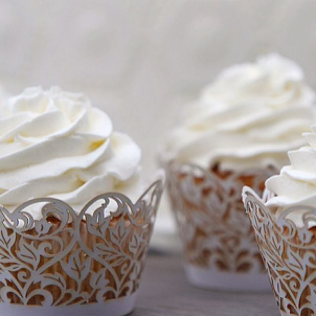 lacey cupcakes