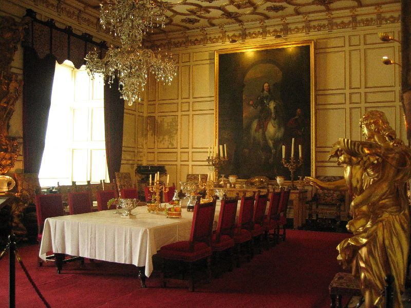 Dining Room Warwick Castle, Warwick Castle State Dining Room Set