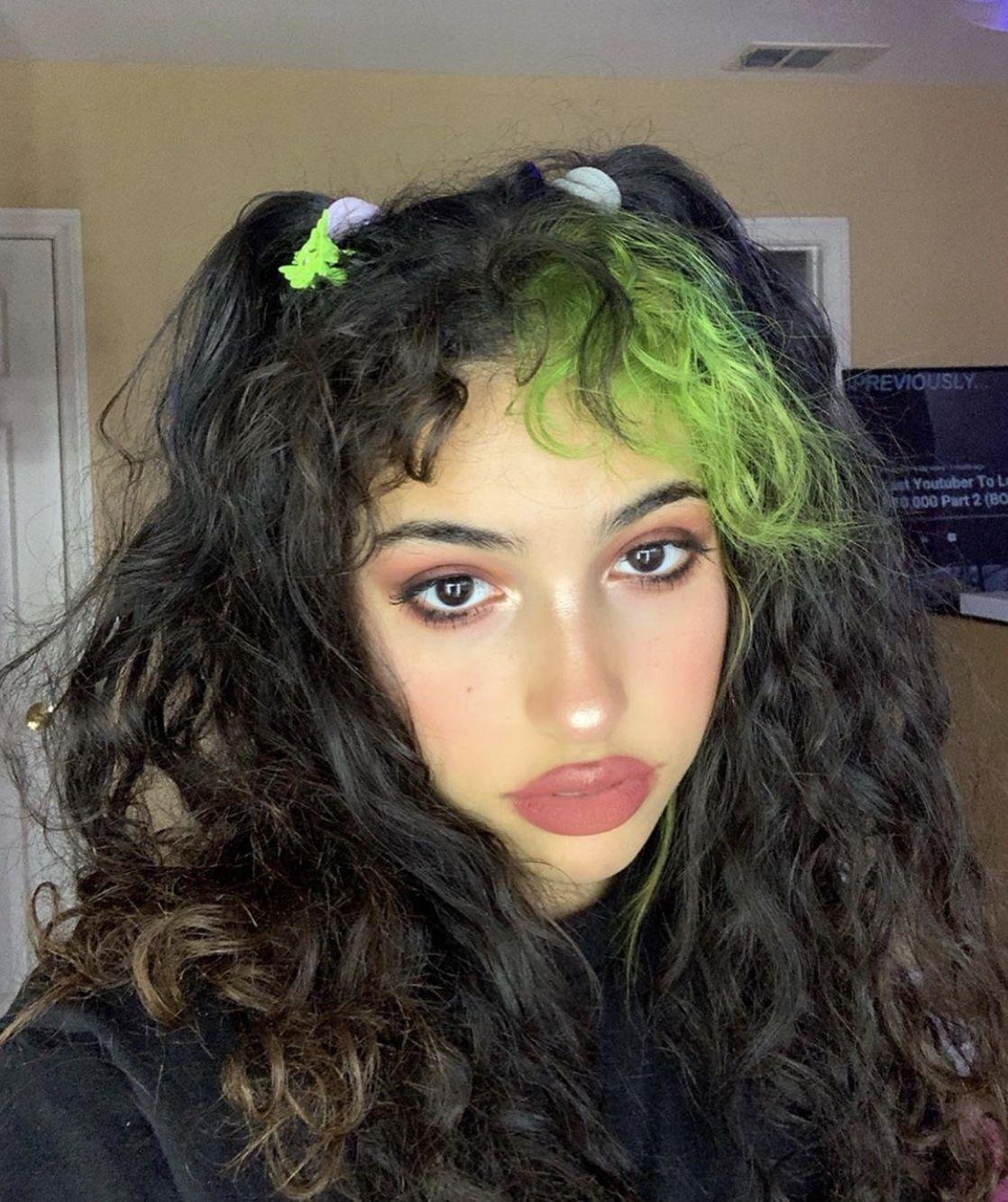 Egirl In 2020 Aesthetic Hair Cool Hairstyles Dyed Hair