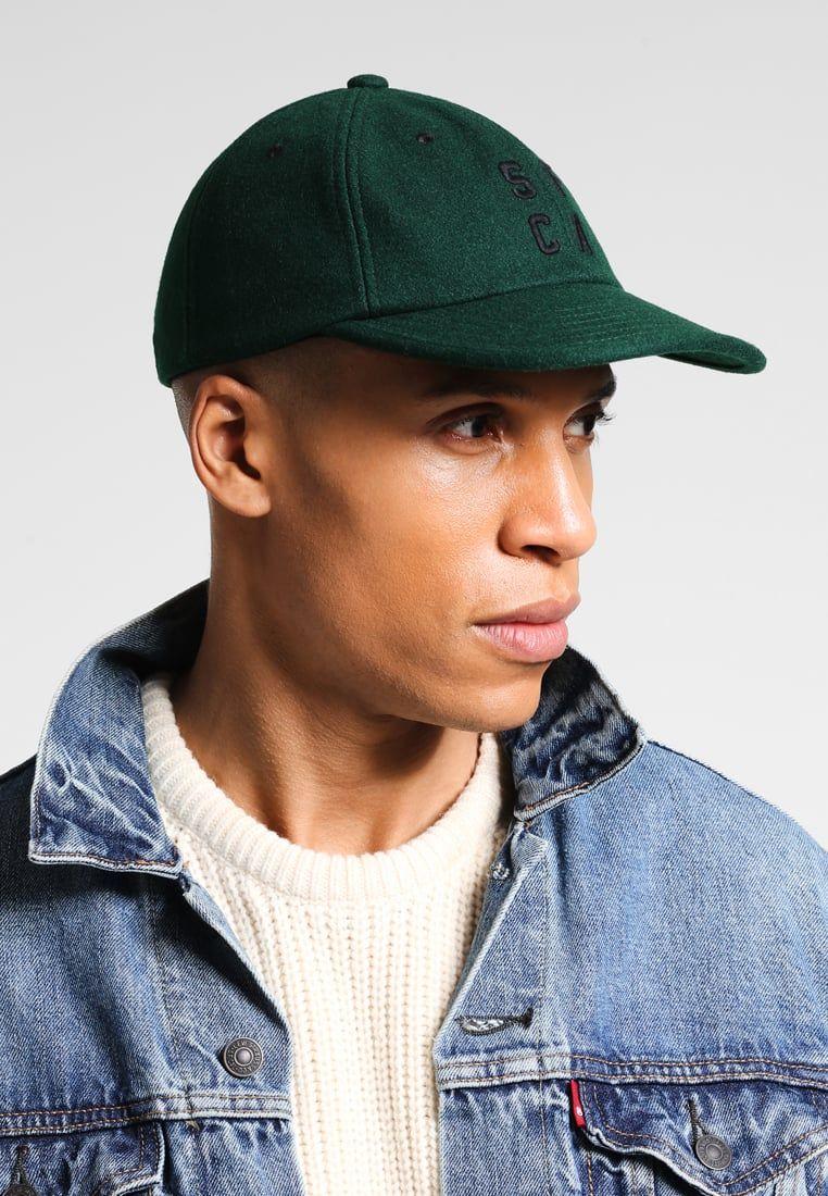 Consigue este tipo de gorra de Levi s® ahora! Haz clic para ver los ... 9e49c951368