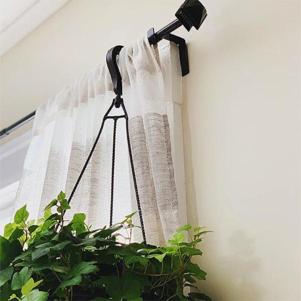 curtain rod brackets