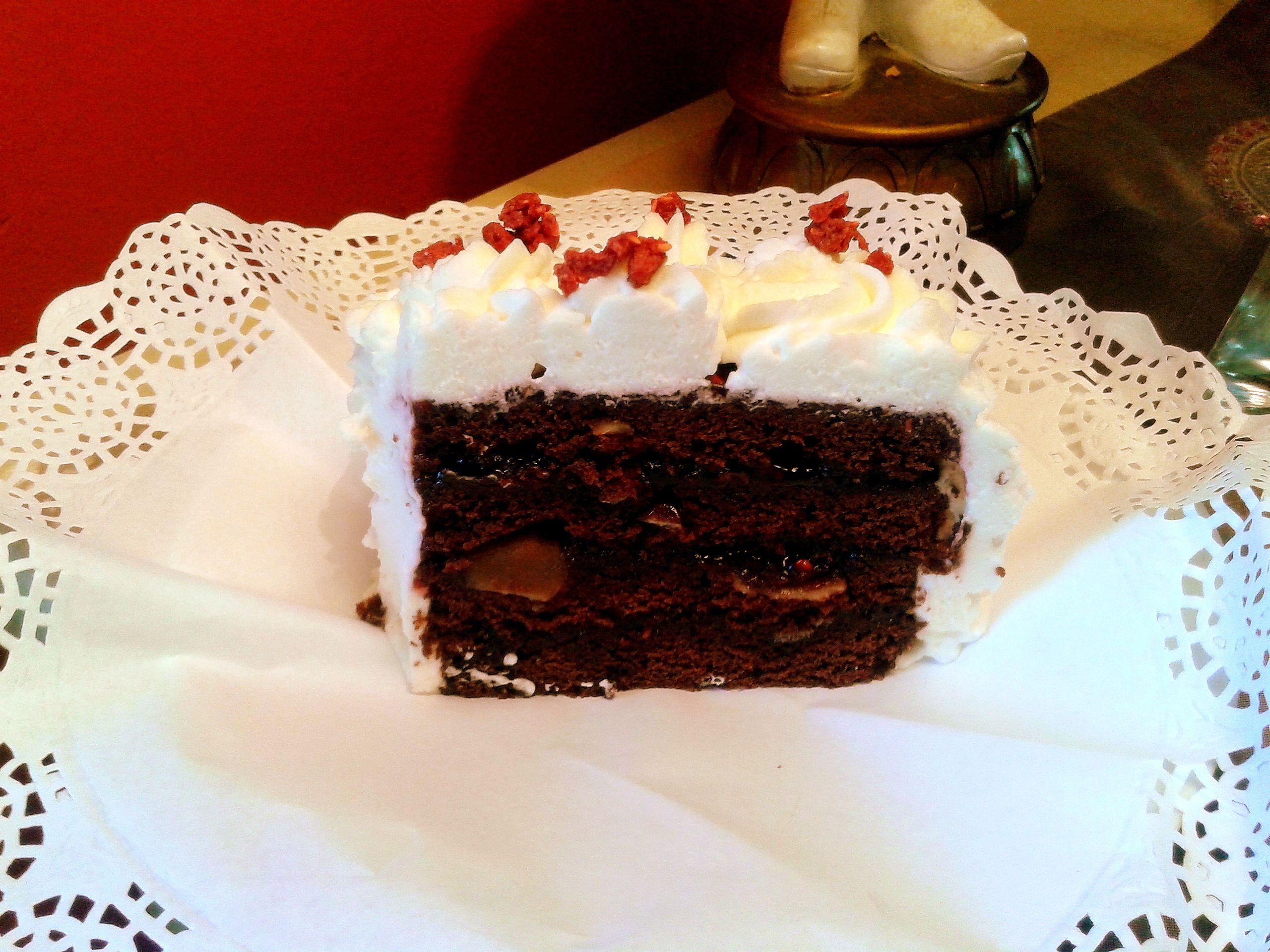 Brownie amb gerds i nata