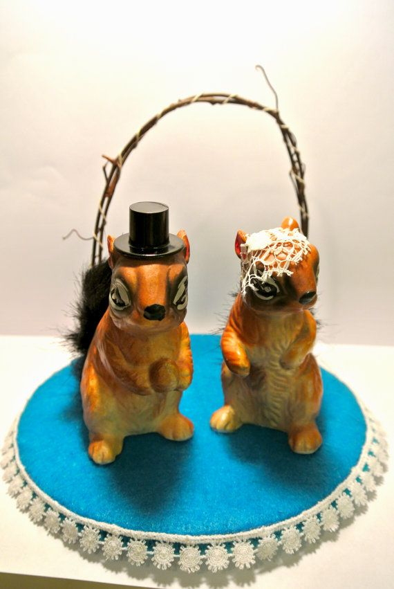 Bride And Groom Chipmunks Cake Topper Search Weddingcakeaccents