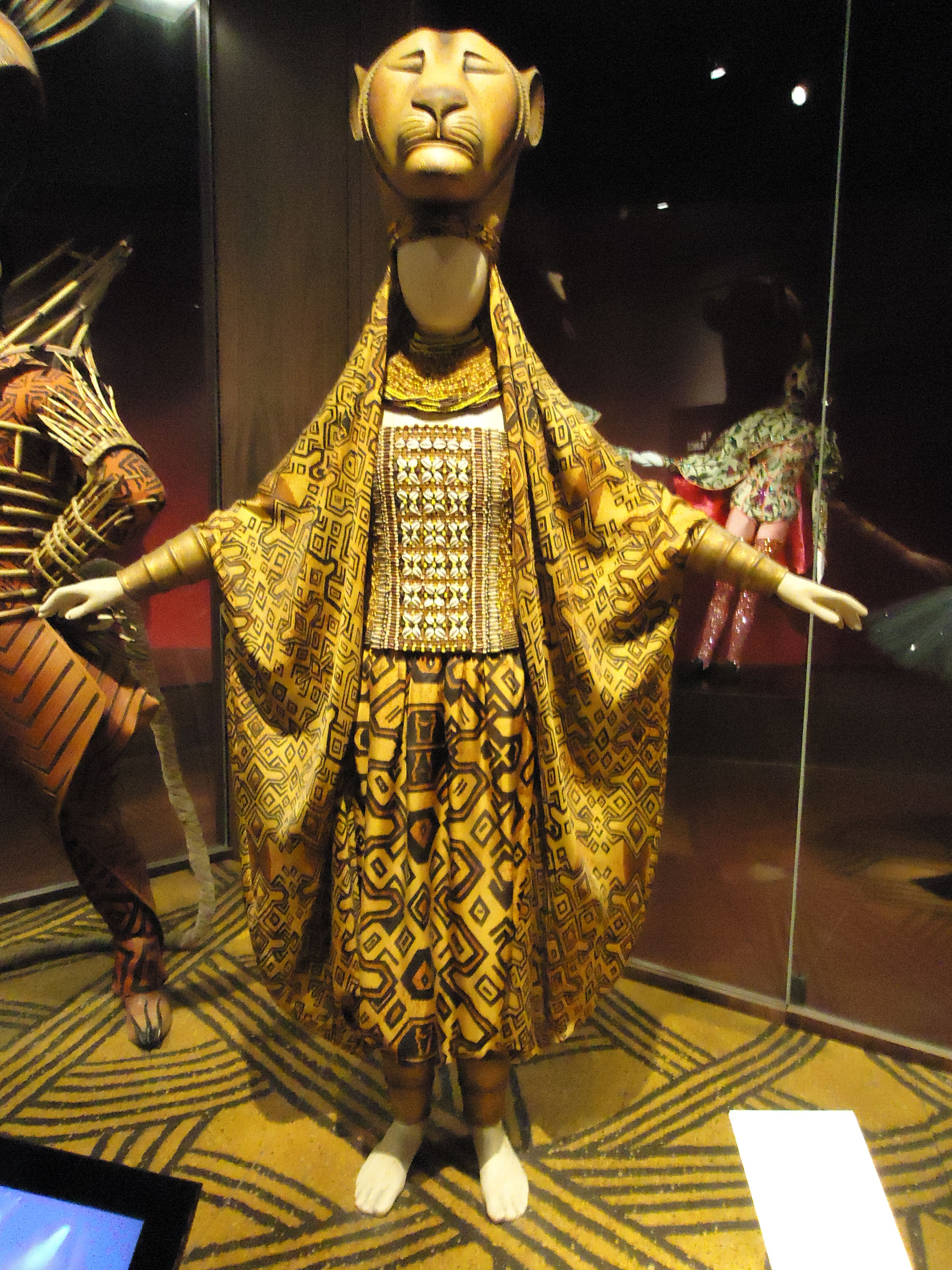 Asientos Musical Rey Leon Costume For Sarabi From The Lion King Lion King Costumes