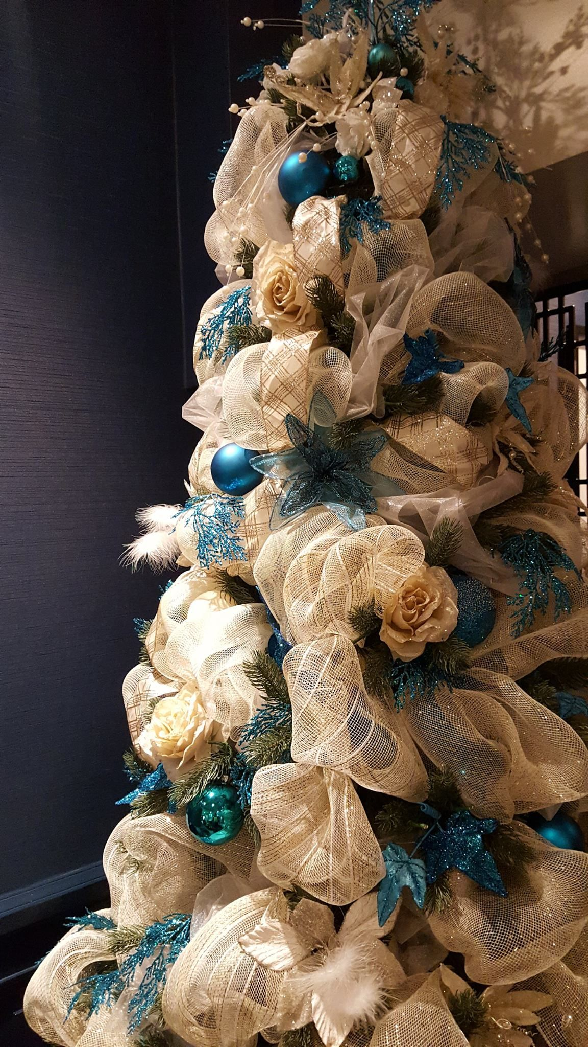 White And Blue Christmas Tree Decorations Book Christmas Productions Acro Commercial Christmas Decorations Blue Christmas Tree Decorations Blue Christmas Tree