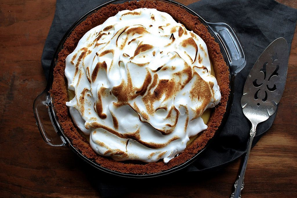 Key Lime Pie with Meringue Topping Recipe