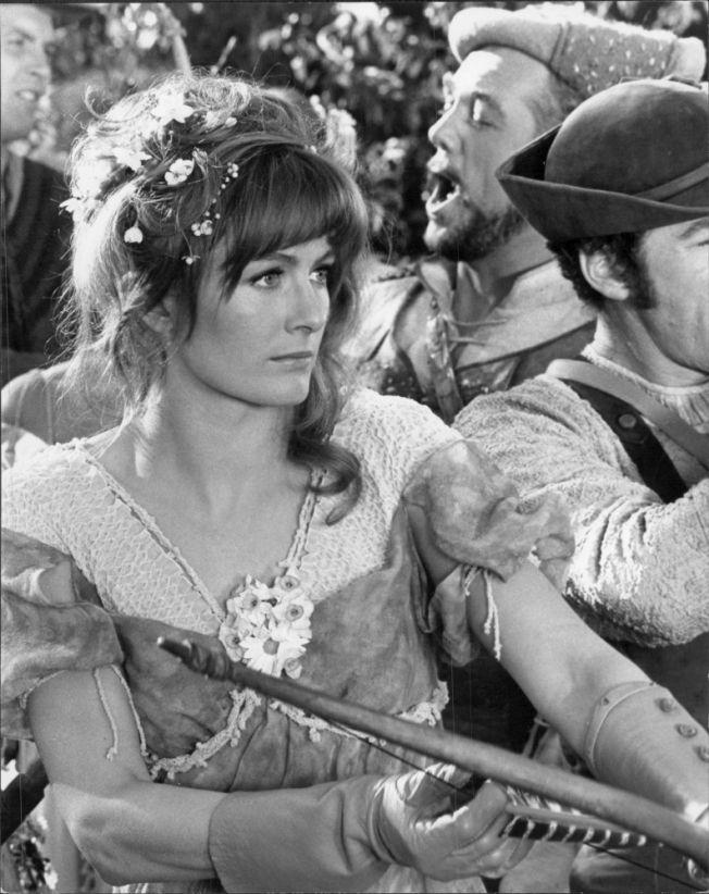 vanessa redgrave in camelot 1967 1967 pinterest