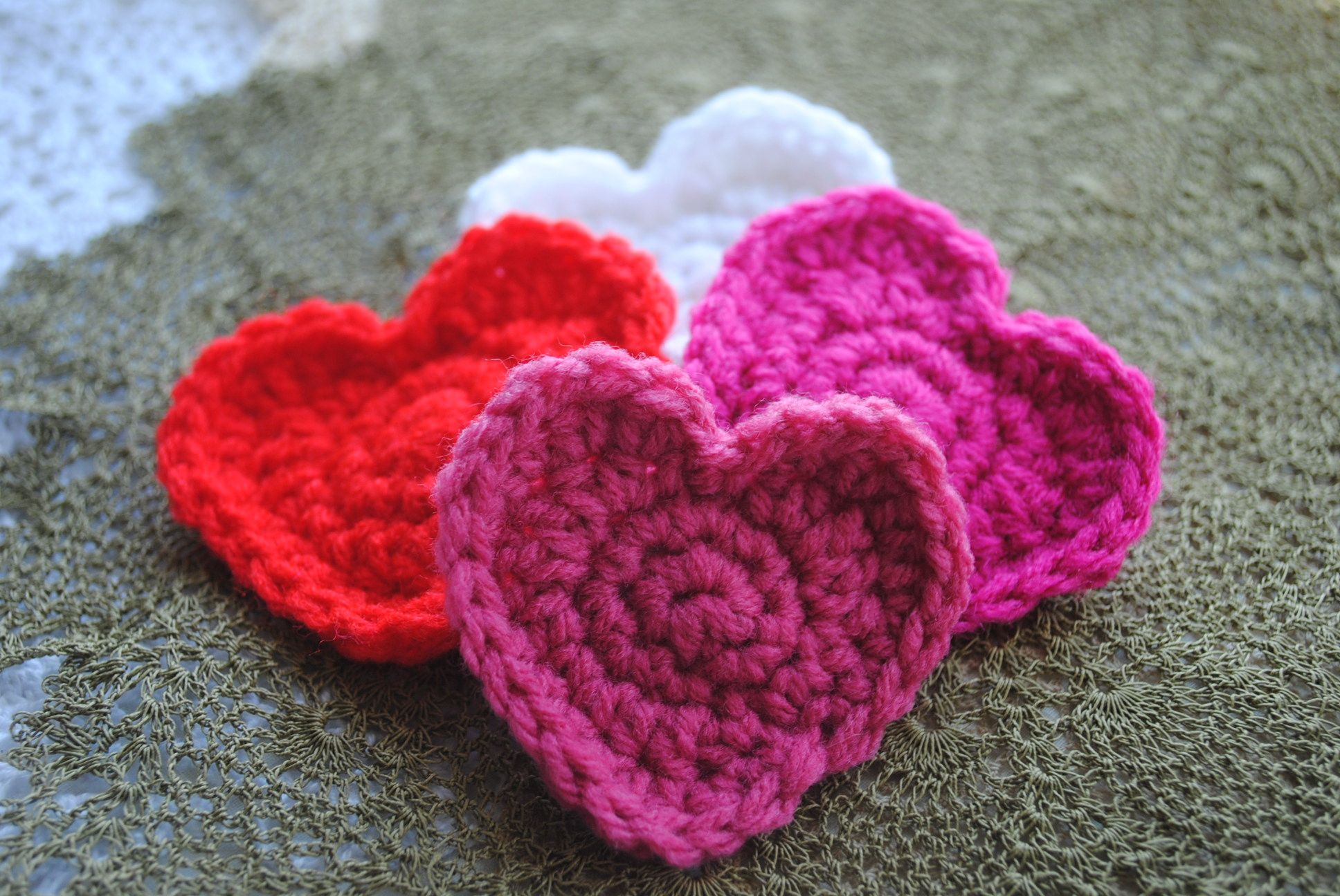 Free crochet heart pattern on cre8tion crochet other heart free crochet heart pattern on cre8tion crochet other heart patterns also available here bankloansurffo Images