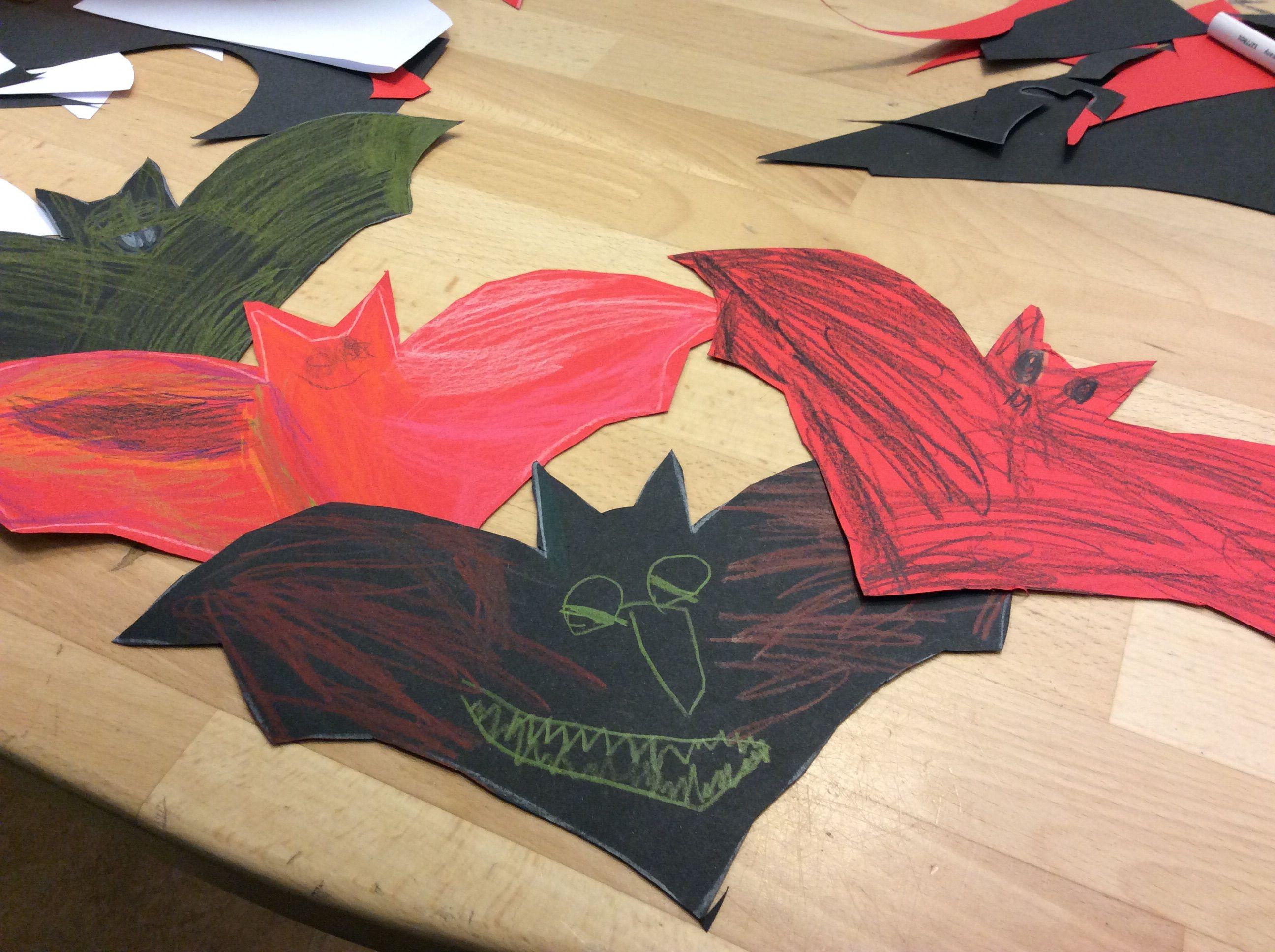 #Flagermus #halloween #papirklip #børnehave #kreativiteter
