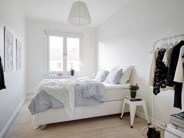 Slaapkamer Ideeen Scandinavisch : Witte inrichting in een scandinavische slaapkamer slaapkamer