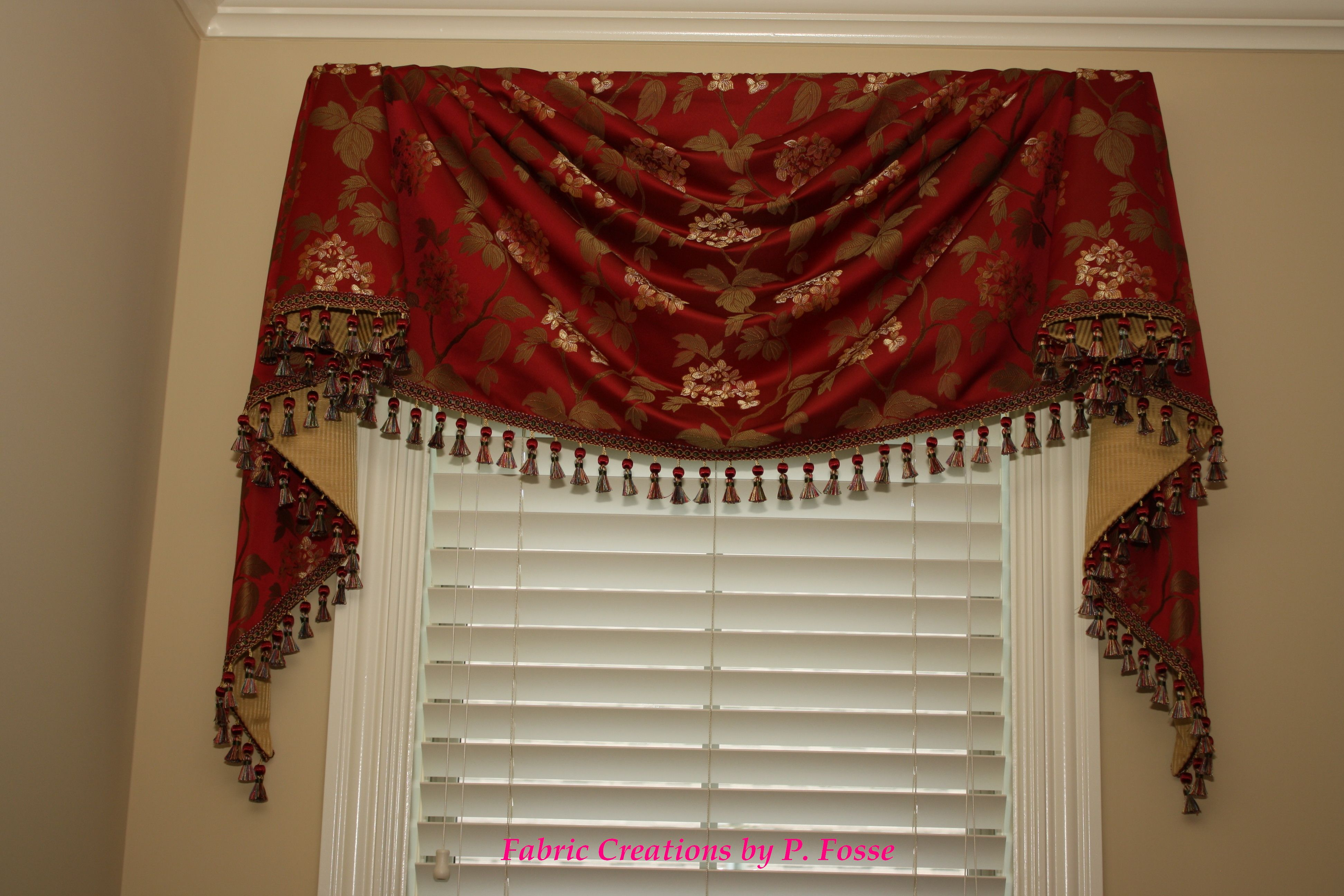 M 39 Fay 39 S Empire Swag By Fabric Creations Curtains Swags Jabots