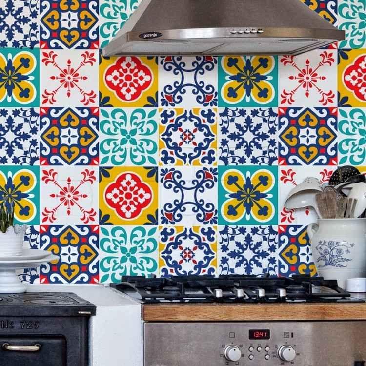 Spanisches Fliesenmuster mit Klebefolie für Küche | Wohnideen ...