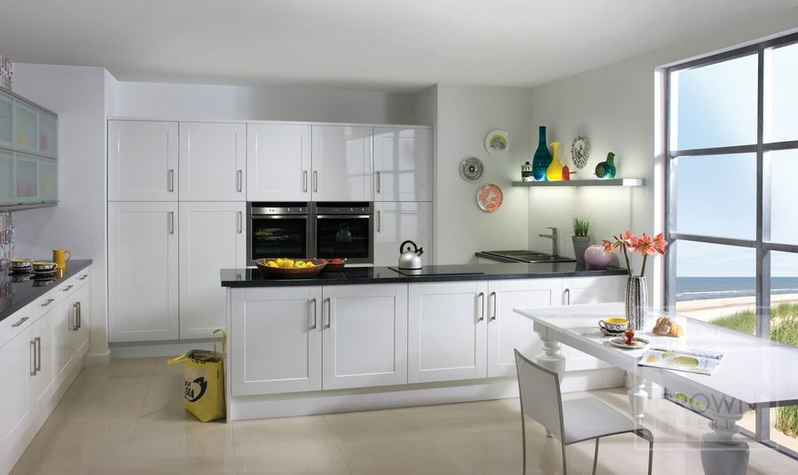 Best Modern Clean High Gloss White Kitchen White Shaker 400 x 300