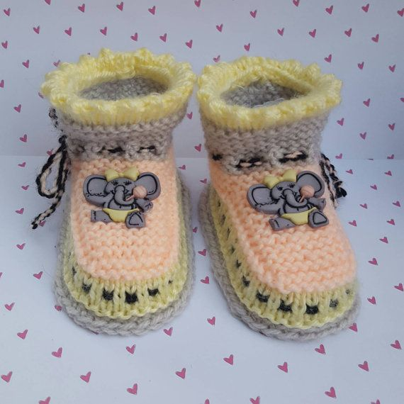 Check out this item in my Etsy shop https://www.etsy.com/listing/271268122/baby-booties-with-an-elephant