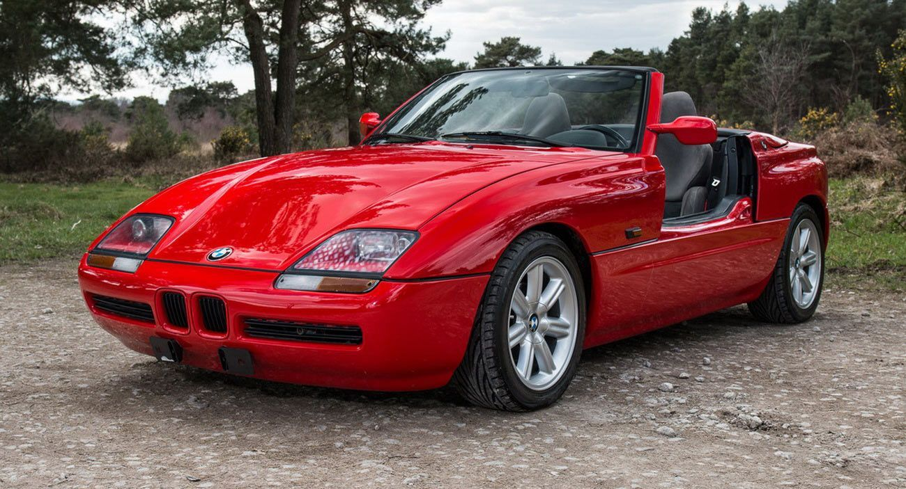 Get The Coolest Doors On The Market And Bag A Bmw Z1 For Free Carscoops Bmw Z1 Bmw Bmw Classic Cars