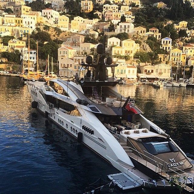 """Lady M Superyacht! Where Would You Sail On This Beautiful"