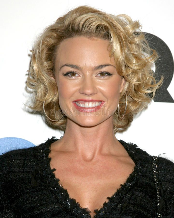 Kelly Carlson Haircut Google Search Hairstyles Pinterest