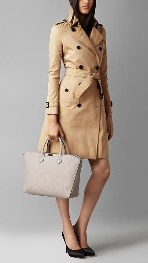 10051d12246 Women's Handbags & Purses | Burberry United States Fashion Books, Leather  Bag, Burberry,