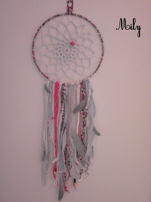attrape reve et crochet mobiles dreamcatcher pinterest attrape r ve attrape et crochet. Black Bedroom Furniture Sets. Home Design Ideas