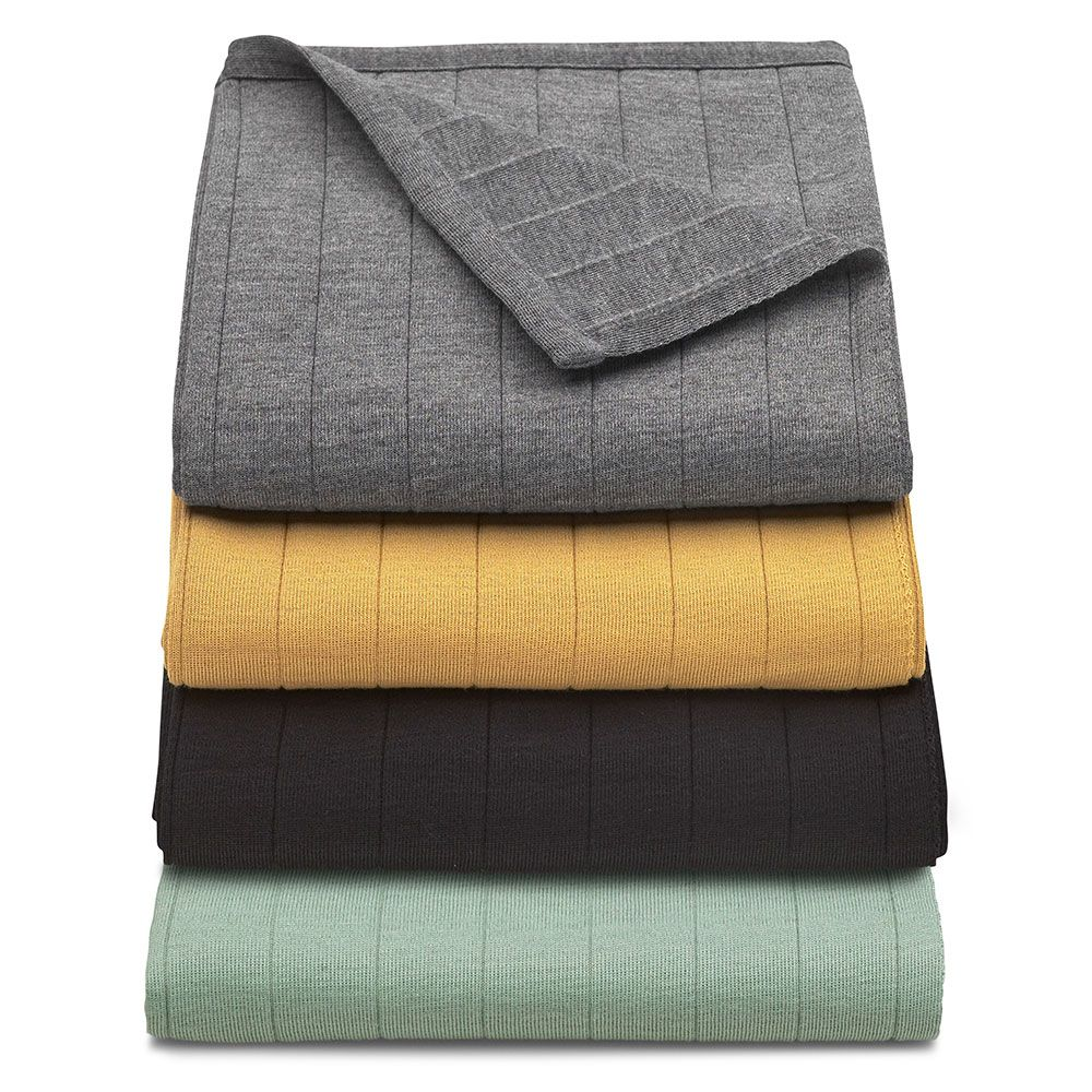 Pledd, Dusty Green outdoor blanket - Skagerak  //The Salcombe Trading Co.