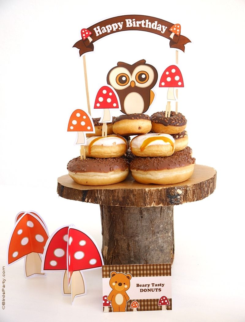Woodland birthday party ideas, DIY decorations, printables, food and table styling inspiration | BirdsParty.com @birdsparty