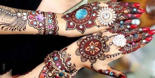 Mehndi Tatoo Wali : Arabic mehndi designs hai rachne wali