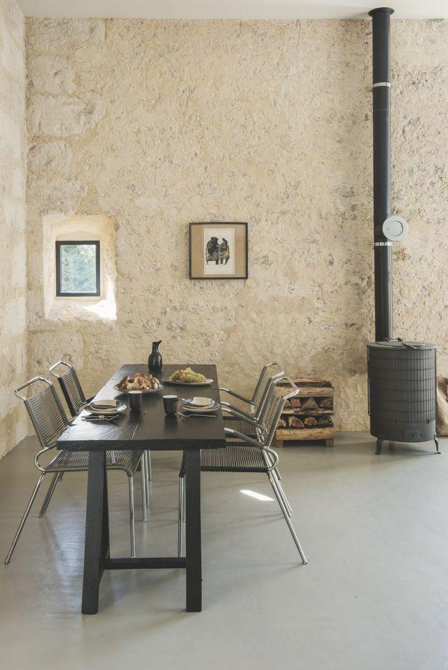 Maison dans le Perche  une maison contemporaine esprit béton - peinture sur beton brut
