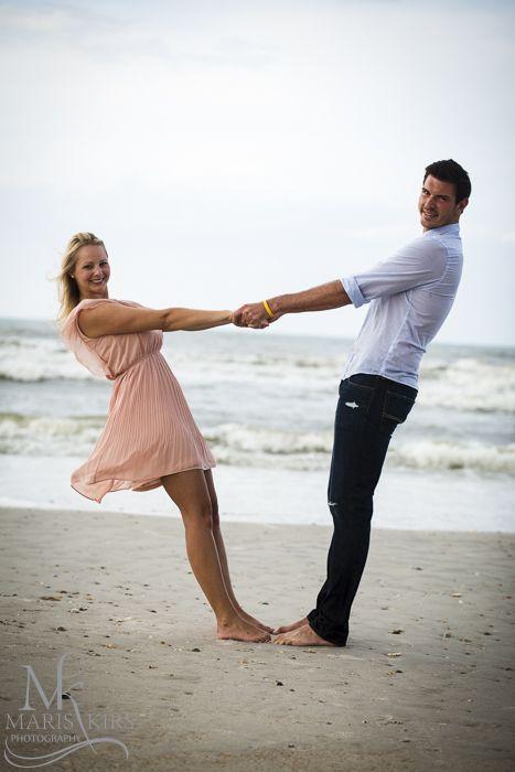 Výsledek obrázku pro couple photos ideas | Couple