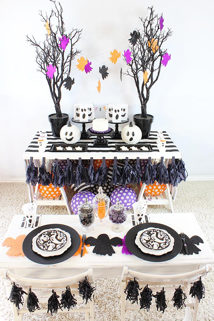 Spooktacular Boo Bash Halloween Party Ideas Michelle S Party Plan It Halloween Party Themes Halloween Party Party Planning